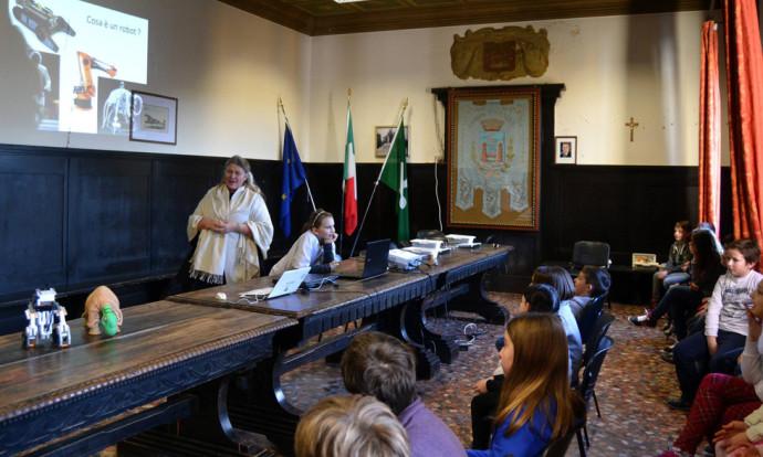 LUCY IN TOUR a Piadena con Officina dei Segni